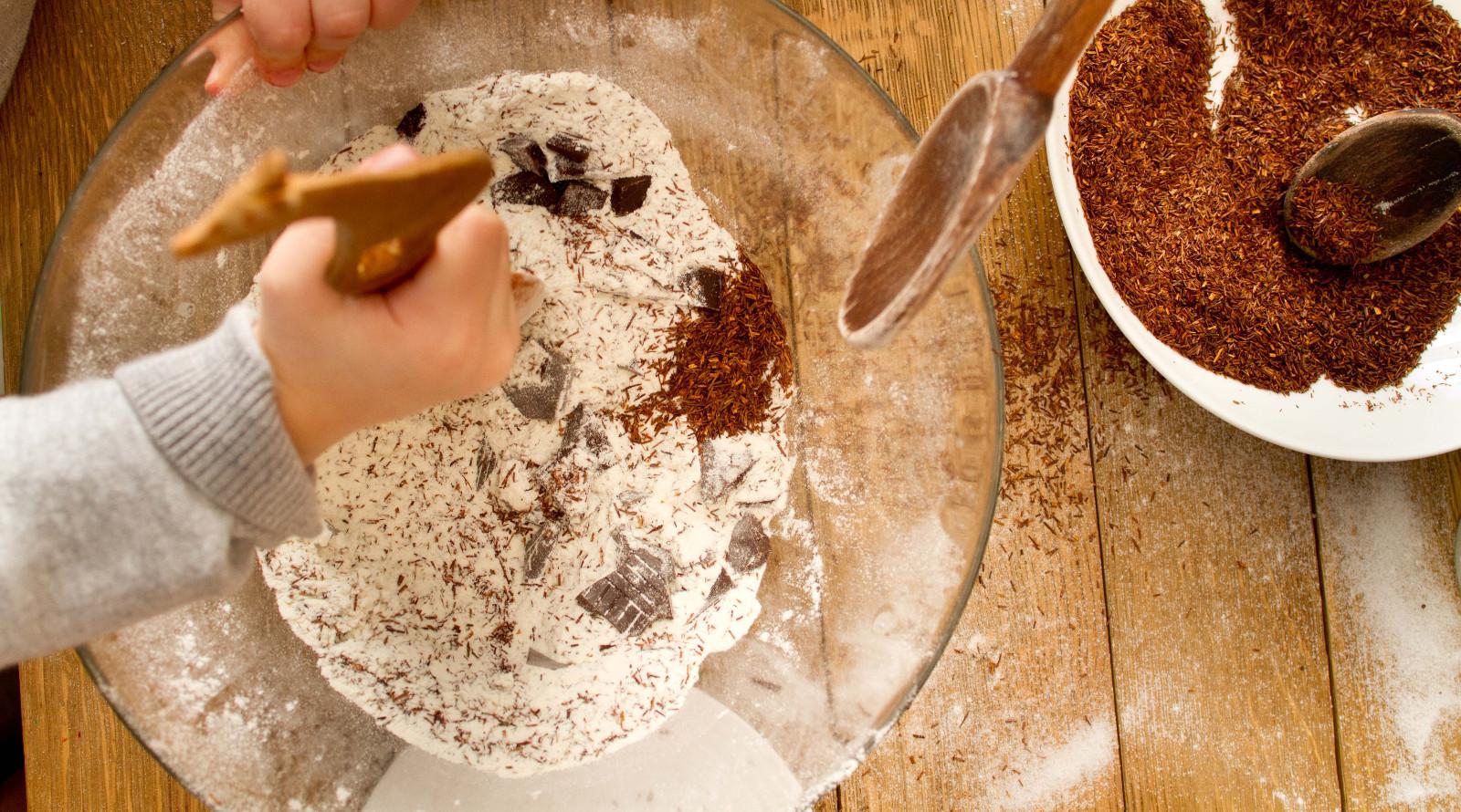 ROOIBOS CARROT CAKE
